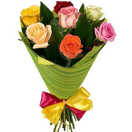 Bouquet 7 різнокольорових троянд